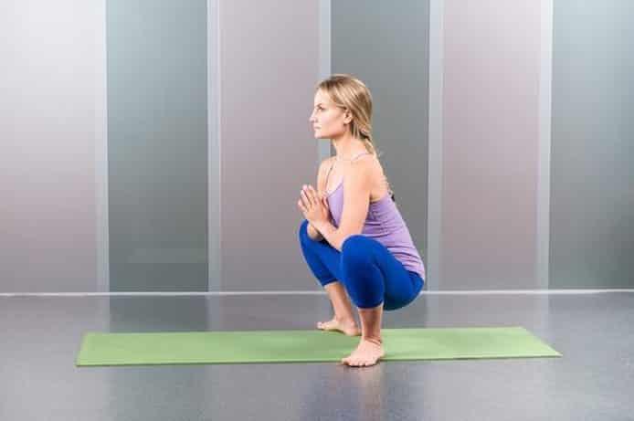 11 Grundläggande yogarrörelser som alla borde öva på