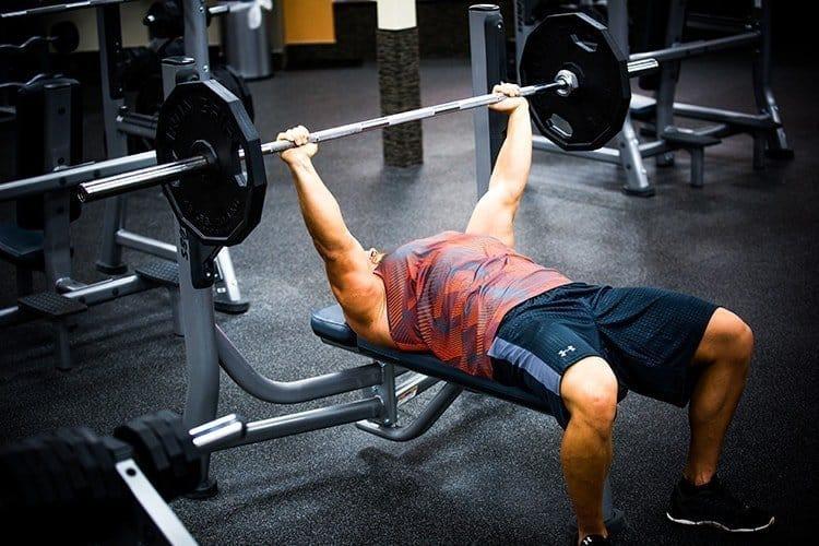 GÜÇLÜKASLAR 5x5: Güçlenmek İçin 12 Haftalık Antrenman Programı (Vücut Geliştirme ve Fitness) - GÜÇLÜYAŞA