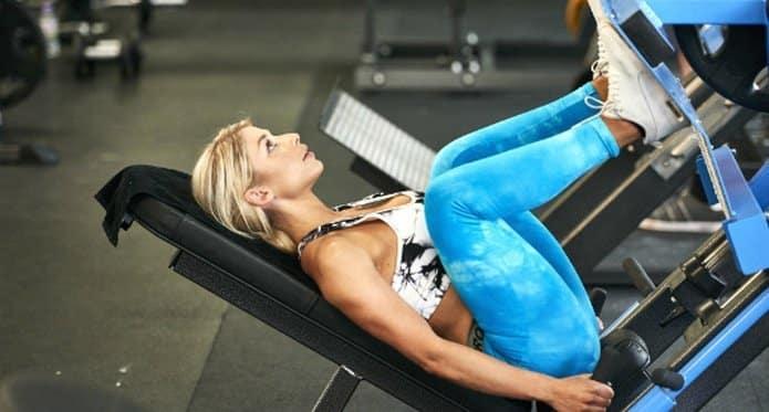 Gewichtstraining voor vrouwen Gewicht heffen om vet te verbranden, niet om spieren op te blazen