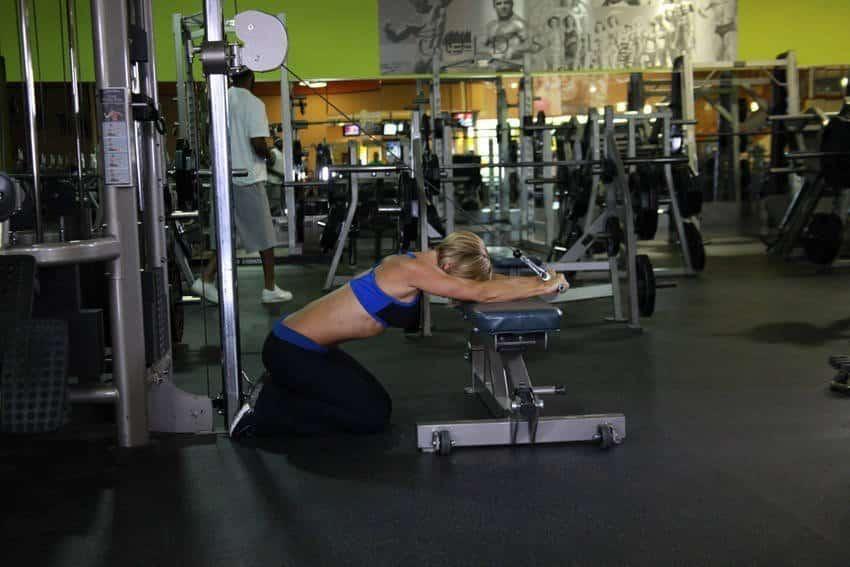Polvillaan kaapeli Triceps-jatke - Tricep-harjoitukset - GÜÇLÜYAŞA