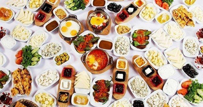 Türk Serpme Kahvaltı